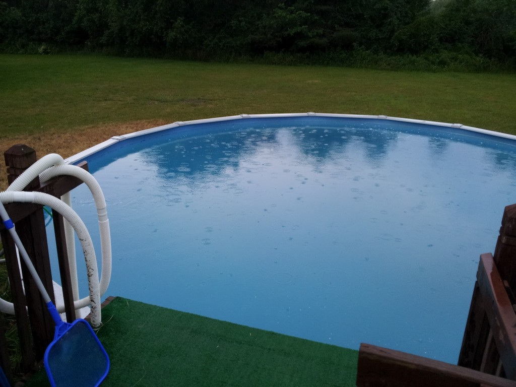 how to clean above ground pool